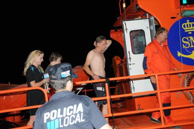 Die Küstenwache rettete die in Seenot geratene deutsche Familie.