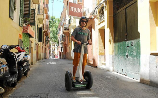Mit dem Segway die Sehenswürdigkeiten von Palma de Mallorca erkunden.