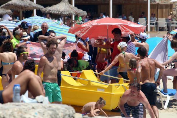 Zahlreiche Badegäste in Calamajor wurden Zeuge der Tragödie.