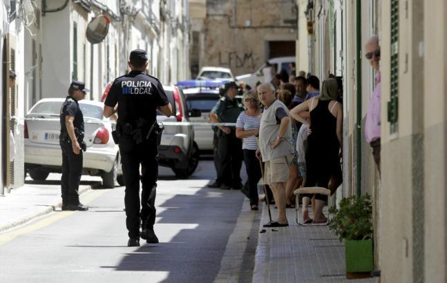 Der Tatort wurde von der Polizei weitläufig abgesperrt.
