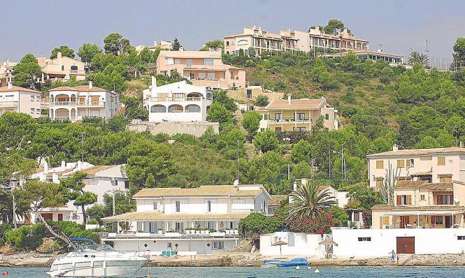 Immobilien auf Mallorca. So mancher Eigentümer will an Touristen vermieten. Doch die Auflagen für die Genehmigung sind hoch.