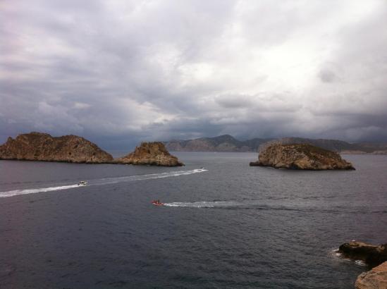 So zeigte sich der Himmel am Freitagmittag über den Malgrats-Inseln bei Santa Ponça.