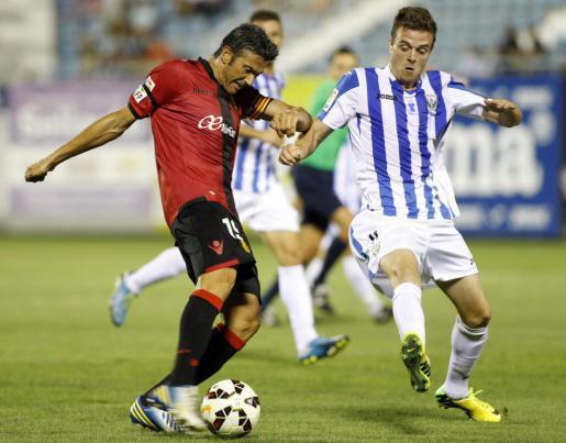 Verteidiger Pep Martí (l.) durfte dieses Mal wieder in der Abwehr dran. Im letzten Spiel gegen Legañes musste er als Torwart aus