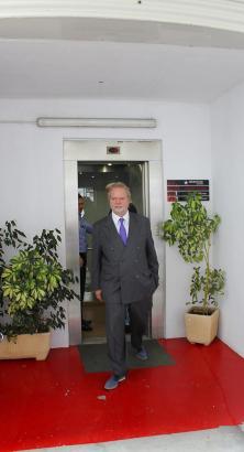 Utz Claassen beim Verlassen der jüngsten Verwaltungsratssitzung.