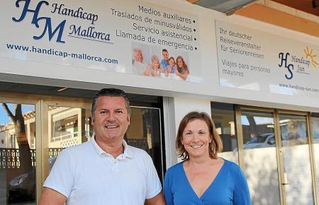 Thomas Kaczmarek und Elisabeth Kiess von Handicap Mallorca eröffnen im Februar einen ambulanten Pflegedienst auf der Insel.