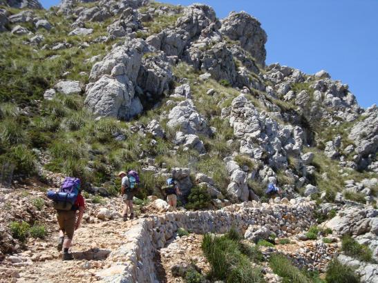 """Wanderer auf der beliebten Strecke """"Pedra en Sec."""""""