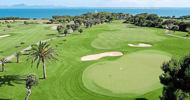Zu den Plätzen, die die Chinesen kennenlernten, gehörte auch Golf Alcanada.