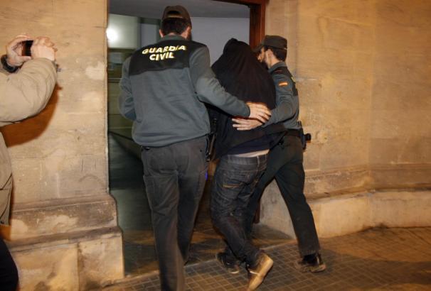 Der Festgenommene wurde dem Haftrichter in Palma vorgeführt.