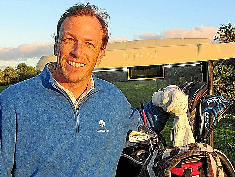 """Clemens Prader auf """"seinem"""" Platz. Selber über die Fairways ziehen - dazu kommt der neue Golfdirektor von Canyamel in diesen Woc"""