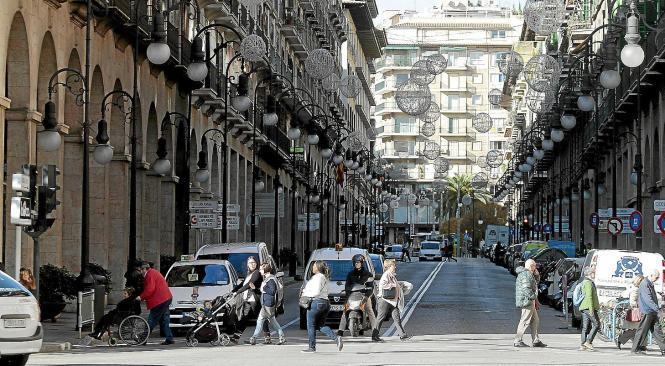 Die Jaime III., von den Ladenmieten her eine der teuersten Einkaufsstraße in ganz Spanien.