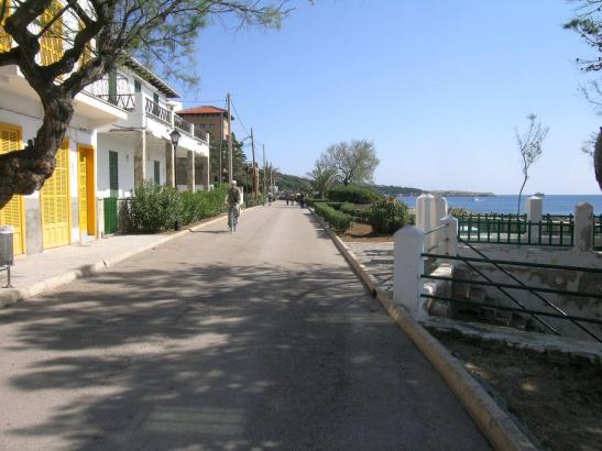 Hier wird bald Hand angelegt: Der Paseo Marítimo in Cala Rajada soll erneuert werden.