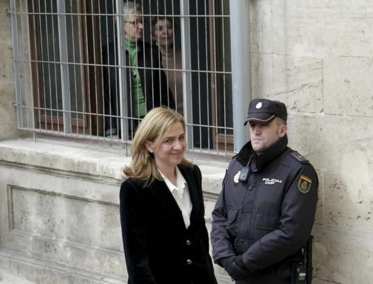 Trotz Anklage lächelt Infantin Cristina bei ihren Terminen auf Mallorca stets professionell.