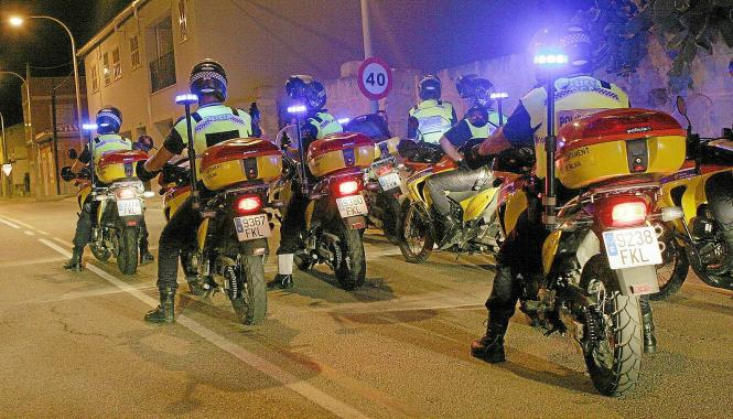 """Die schnelle Eingreiftruppe der Lokalpolizei von Palma, """"Grupo de Actuación Preventiva"""" (GAP), gilt als Eliteeinheit."""