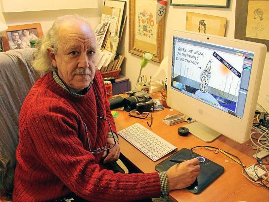Pep Roig, hier in seinem Arbeitszimmer zu Hause, ist seit fast 45 Jahren Karikaturist des Medienhauses Grup Serra.