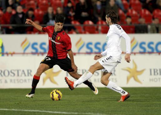 Erzielte das 2:0: Marco Asensio (l.).
