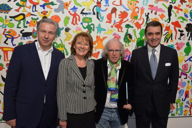 Während der Vernissage am Montag (von links nach rechts): Berlins ehemaliger Bürgermeister Klaus Wowereit, RBB-Intendantin Dagma