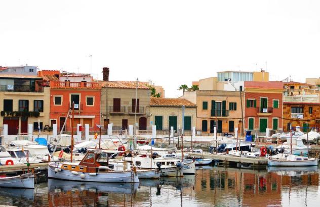 Der Hafen von El Molinar auf Mallorca. Foto: UH