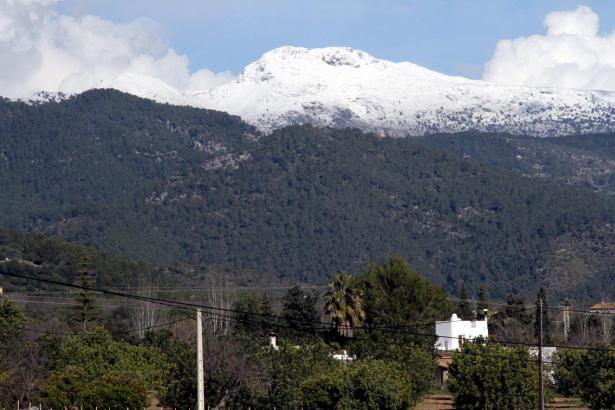 Schnee in den Bergen wie hier am Massanella hat es dieses Jahr bereits Ende Januar gegeben. Jetzt soll noch mehr Schnee dazukomm