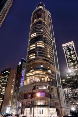 In diesem Hochhaus ist das Meliá Hotel in Doha beheimatet.