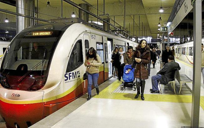Palmas Metro wurde im April 2007 in Betrieb genommen.