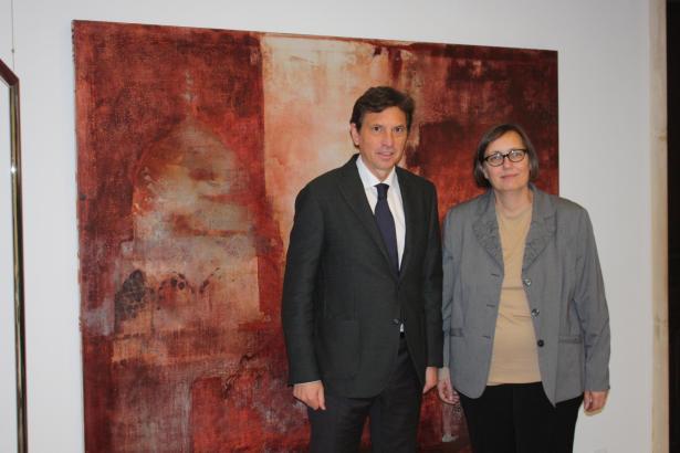 Konsulin Sabine Lammers und Bürgermeister Mateo Isern im Rathaus von Palma.