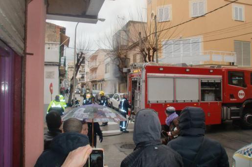 Auch die Feuerwehr konnte der Frau nicht mehr helfen.