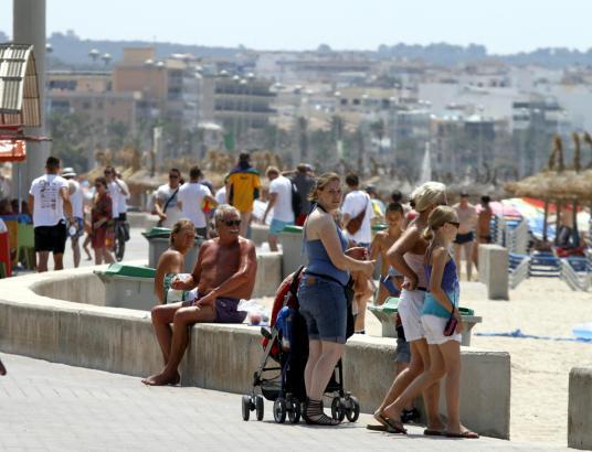 Unter den diesjährigen Touristen auf Mallorca werden sich wieder deutlich mehr Urlauber vom spanischen Festland befinden.