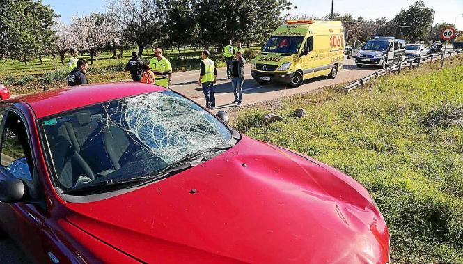 Von diesem Wagen wurde das Unfallopfer erfasst.