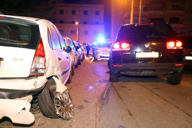 Gleich zwölf geparkte PKW wurden bei der Alkoholfahrt auf Mallorca beschädigt.