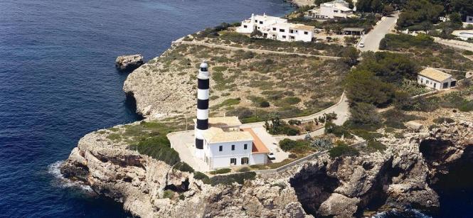 Der Leuchtturm von Portocolom.