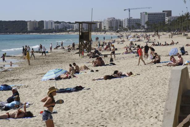 In Cala Millor herrscht, wenige Wochen vor Saisonbeginn, jetzt Einvernehmen zwischen Verwaltung und Unternehmern.