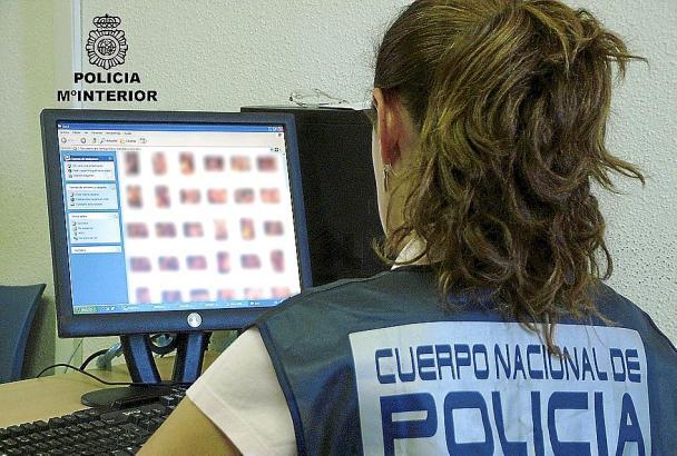 Die spanische Polizei kam den Tätern im Internet auf die Spur.