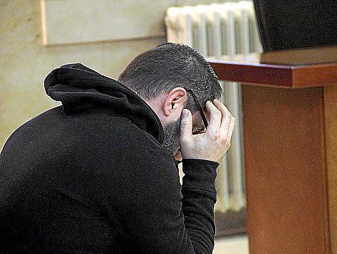 Der 47 Jahre alte Hauptangeklagte im Gerichtssaal in Palma de Mallorca. Foto: UH