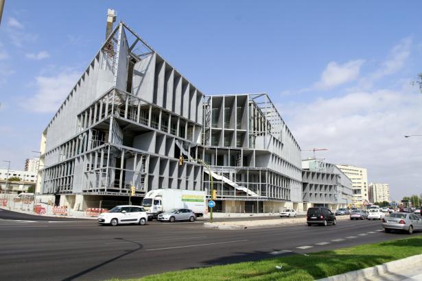 Wird eine gigantische Autopräsentation die erste Veranstaltung im künftigen Kongresspalast von Palma?