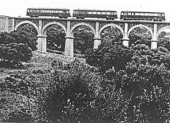Auf dem Viadukt von Son Verí - auch Pont de Ses Set Boques genannt - fuhren früher die Züge von Palma nach Santanyí.
