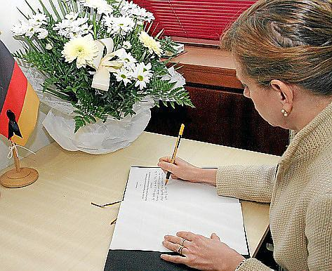 Das Kondolenzbuch lag in der vergangenen Woche im deutschen Konsulat in Palma aus.