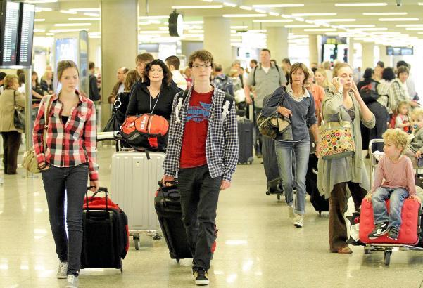 Viel los am Flughafen Palma: In den Sommermonaten ein ganz normales Bild.