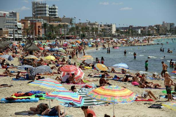 Gut was los am Strand von Can Pastilla – 2014 war ein Rekordjahr.