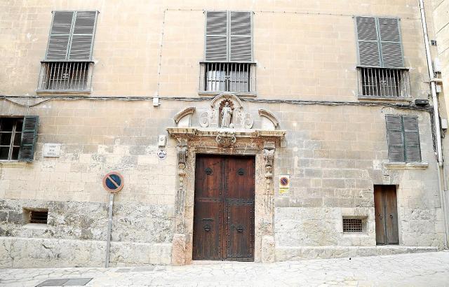 Die Posada de los Cartoixos befindet sich in der Altstadtgasse Portella.