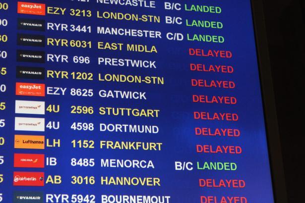 Die Anzeigetafel am Airport von Palma am Mittwoch.