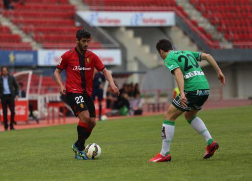 Er war der Unglücksrabe: Der Fehler von Pau Cendrós (l.) sorgte für die späte Niederlage.