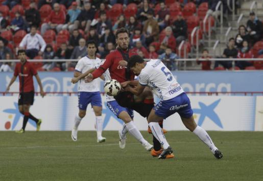 Xisco Jimenez (2.v.r.) traf zum zwischenzeitlichen 1:1.