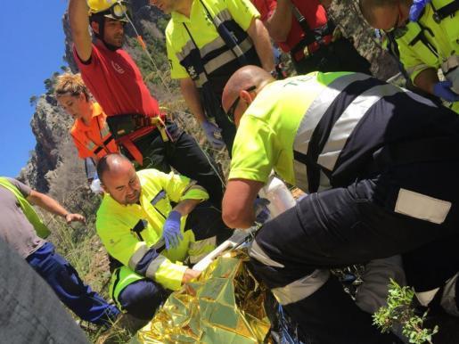 Der Motorradfahrer wurde sofort per Helikopter ins Krankenhaus Son Espases gebracht.