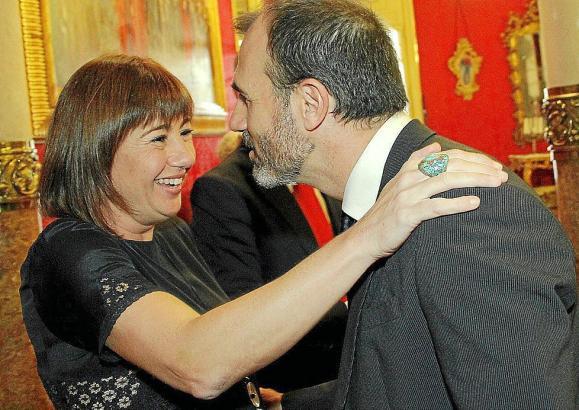 Francina Armengol und Biel Barceló streben beide das Spitzenamt an.