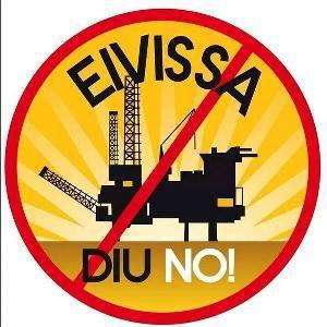 Mit Aufklebern wie diesen wurde vor allem auf Ibiza gegen die geplanten Bohrungen in Balearen-Gewässern protestiert.
