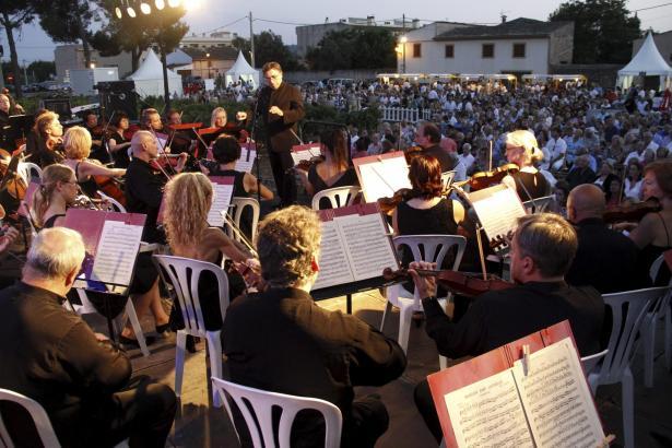 Auch im vergangenen Jahr gaben die Sinfoniker der Balearen ein Benefizkonzert bei Macià Batle.