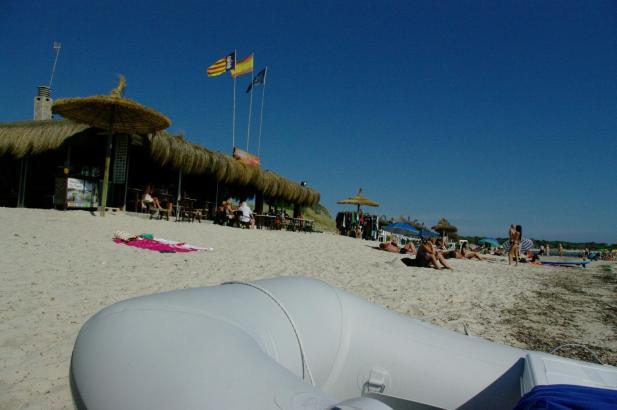 Die Gastronomen am Strand von Es Trenc beklagen sich. Die Touristen bleiben aus.