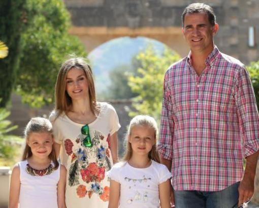 Dia Königsfamilie während eines Besuchs auf dem Landgut Raixa.