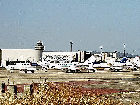 Auf Mallorcas Airport wurden im vergangenen Jahr fast 10.000 Privatmaschinen abgefertigt.