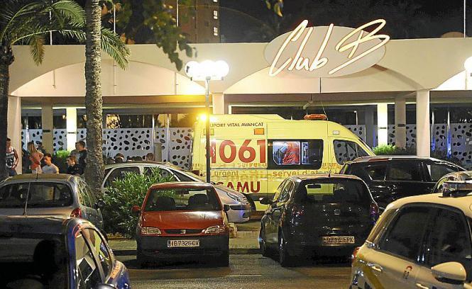 Der Brite kam mit einem Ambulanzwagen in ein Krankenhaus nach Palma.